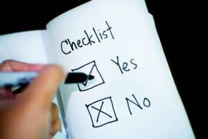 How to protect your right to the security deposit? Make a checklist on a moving-in day!