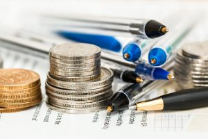 coins, pens, do all you can when saving money when moving
