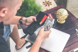 relocating your employees by making budget